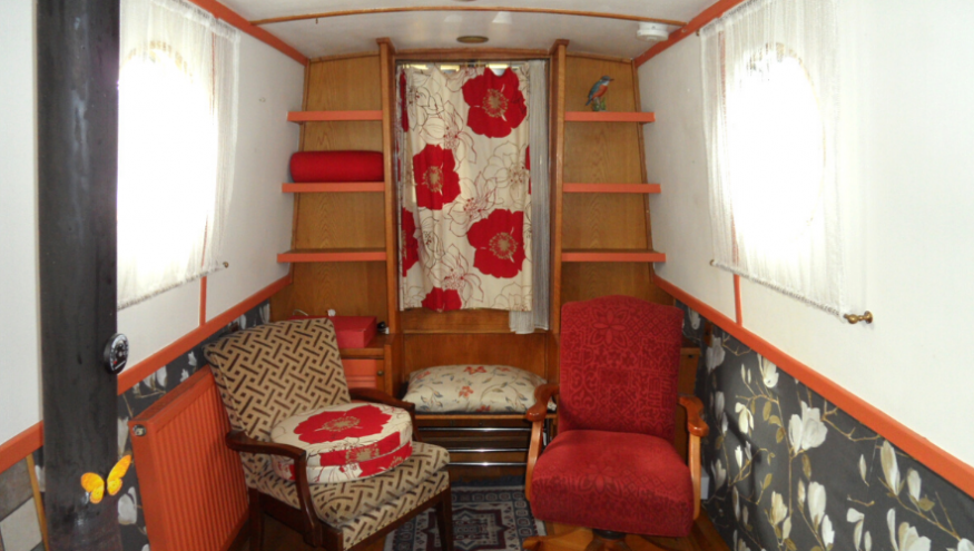 Blackthorn lounge