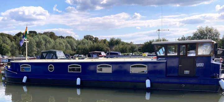 Rising House Prices sees surge in Popularity of House Boats