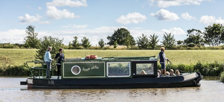 Buy a Narrowboat for your ultimate Summer Staycation
